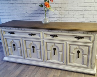 Available French Country White Glazed dresser, Buffet