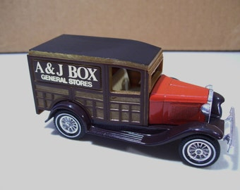 Vintage Matchbox Models of Yesteryear Ford Model A Die-cast Vehicle, A & J Box General Stores, 1/43 Scale