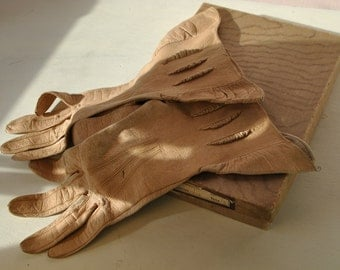 victorian leather GLOVES STEAM PUNK authentic Made in England womens brown leather gloves with designs costume 100 years old with box
