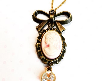 Cameo necklace- romantic necklace- small cameo jewelry- delicate cameo necklace