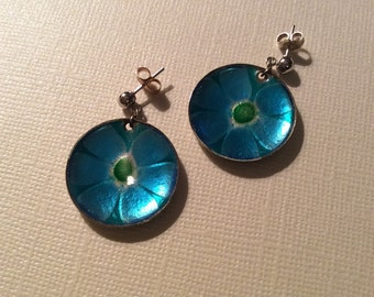 Enamled daisy earrings