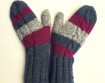 Knit gloves mittens striped grey purple blue