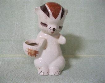 De lee Art California Pottery Chipmunk Figurine with Open Basket.