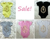Sample Sale! / Seahorse Cameo Onesie / Baby Bodysuit / Baby Girls Clothing / Baby Boys / Hawaii Baby / Funny Baby Gift / 19th and Whimsy