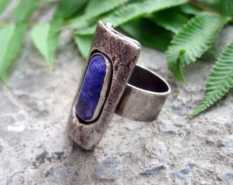 Ring with Charoite, sterling silver.