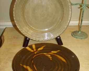 Vintage 96's  set 2-pc Lucca Platter Hand paint Dakara serving plattes