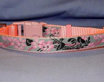 Medium Pink and Gray Lily collar