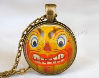 VINTAGE HALLOWEEN Necklace, Halloween Pendant, Vintage Jack O Lantern, Jack O Lantern, JOL, Pumpkin Pendant, Halloween Keychain, Gothic