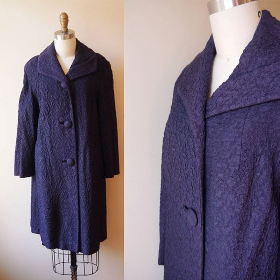 1950s blue swing coat // navy blue coat // vintage coat