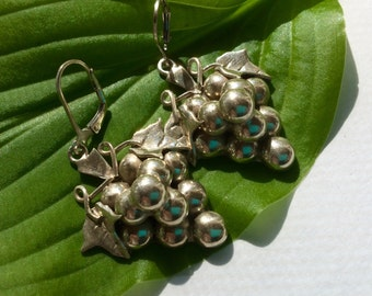 Vintage Sterling Silver Mexico Grape Cluster Leverback Earrings