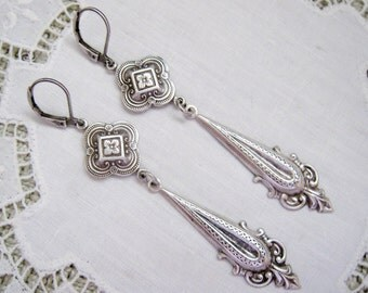 Victorian Edwardian Art Nouveau Style Antqiue Sterling Silver Plated Quatrefoil Long Dangle Earrings Lever Back