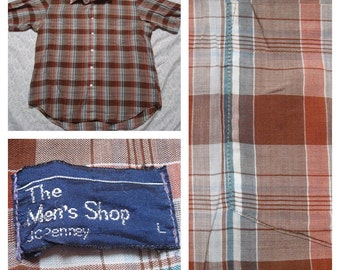 Vintage Retro Men's JCPenny Mens Store White Red Brown Blue Madras Plaid Buttonup Short Sleeve Shirt  Large