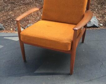 Danish Grete Jalk teak lounge chair