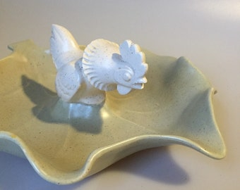 Vintage Rooster Calif USA Pottery Leaf