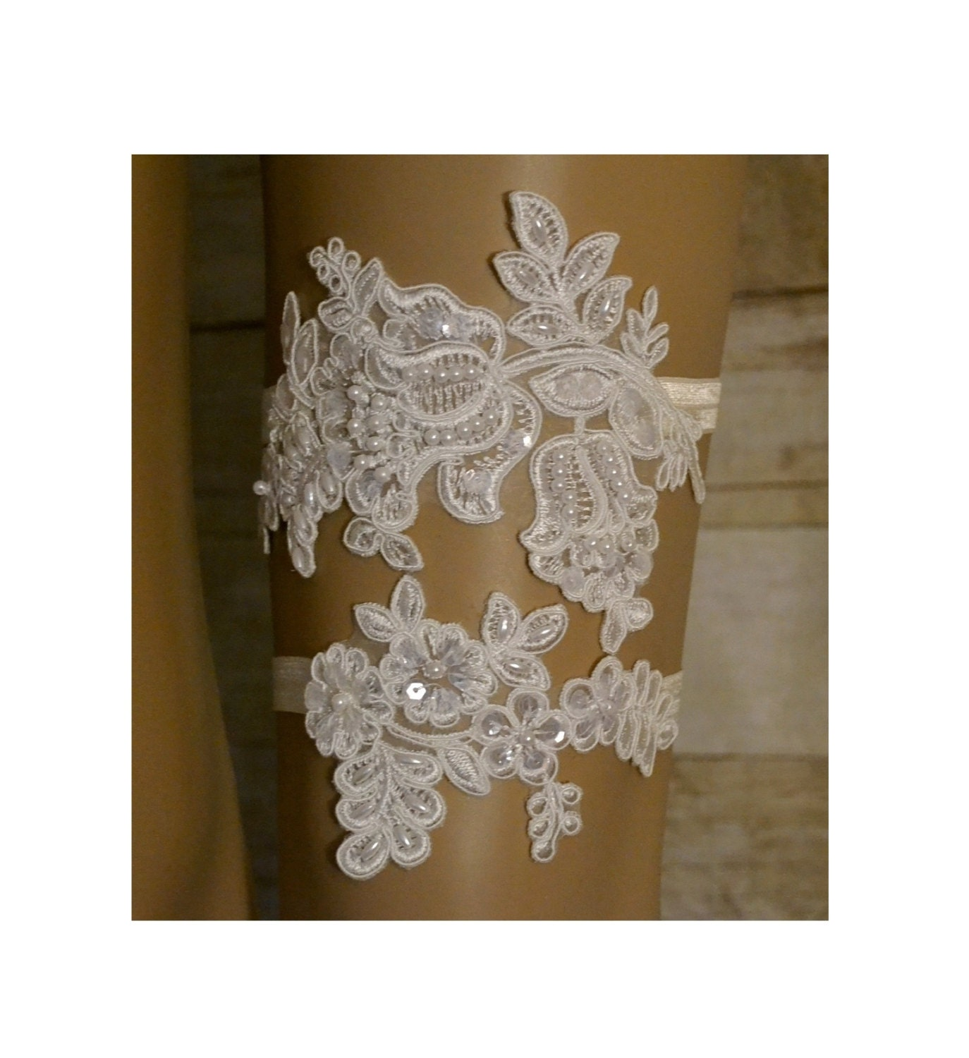 Wedding Garter Elegant Ivory Venice Lace Garter Set Unique
