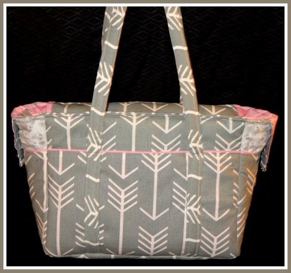 diaper bag with detachable adjustable shoulder strap and. Black Bedroom Furniture Sets. Home Design Ideas