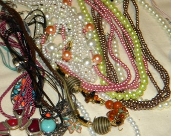 HUGE Wholesale, Resale (MA3) New- Refurbish lot of Great quality  Jewelry items High Fashion lot
