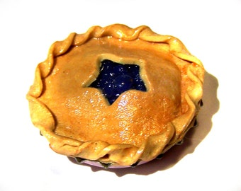 free shipping Blueberry pie polymer clay miniature food refrigerator magnet fridge
