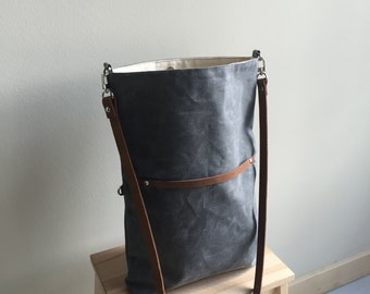 Waxed Canvas Travel Tote/Crossbody - Charcoal