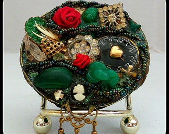 Vintage Brooch Handmade