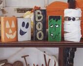 Halloween shelf sitter set
