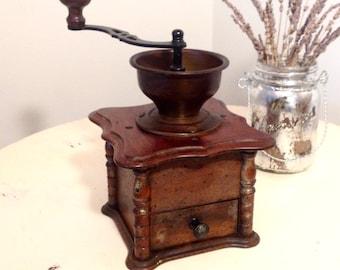 ANTIQUE 19`c ISLAMIC OTTOMAN EMPIRE BRONZE BRASS Engraved ...  |Coffee Grinders Antique Label