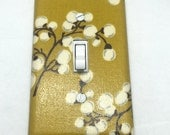 Flower Berry Light Switch Plate Cover / Outlet Cover / Bedroom / Home Decor / Baby Shower Gift / Nursery Decor / Kid's Room / Mustard Color