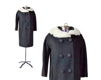 50s Vintage Coat Black Coat 1950s Coat / Wool Coat Fur Collar Coat 50s 60s 1960s  Women Outerwear / Vintage Clothing Outerwear