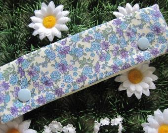 Ditsy flower dpn holder cosy