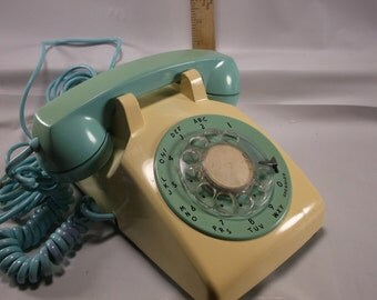 Rotary Telephone Rare Aqua Blue And White Bell Systems western electric ATT  .epsteam