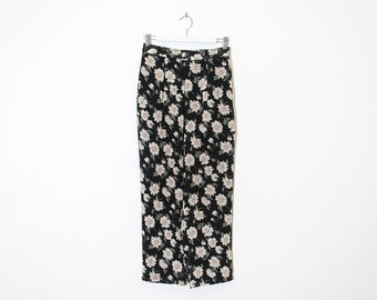 high waist black floral pants / high rise loose cropped trousers / size M