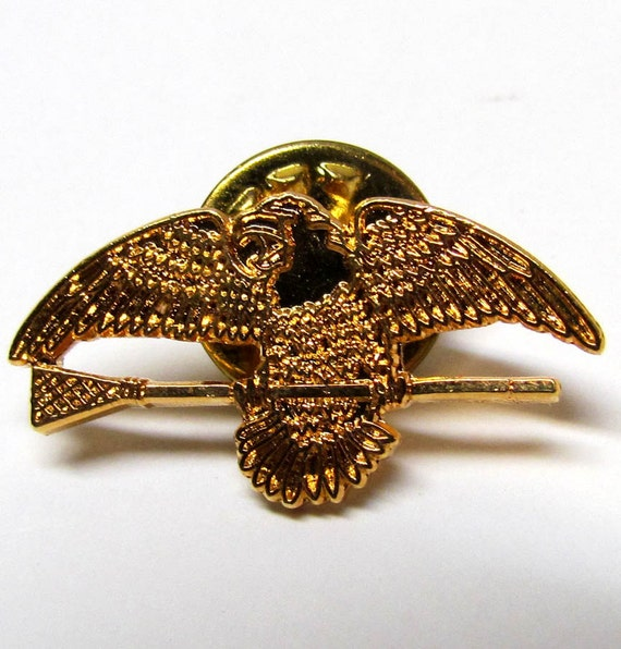 Eagle Hat Pin: Items Similar To Vintage Eagle Copper / Bronze Tone Pin