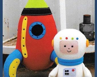 "Pattern ""Starman"" Astronaut & Rocket Ship Soft Toys by Ric Rac (RR049) Paper Pattern Instructions"
