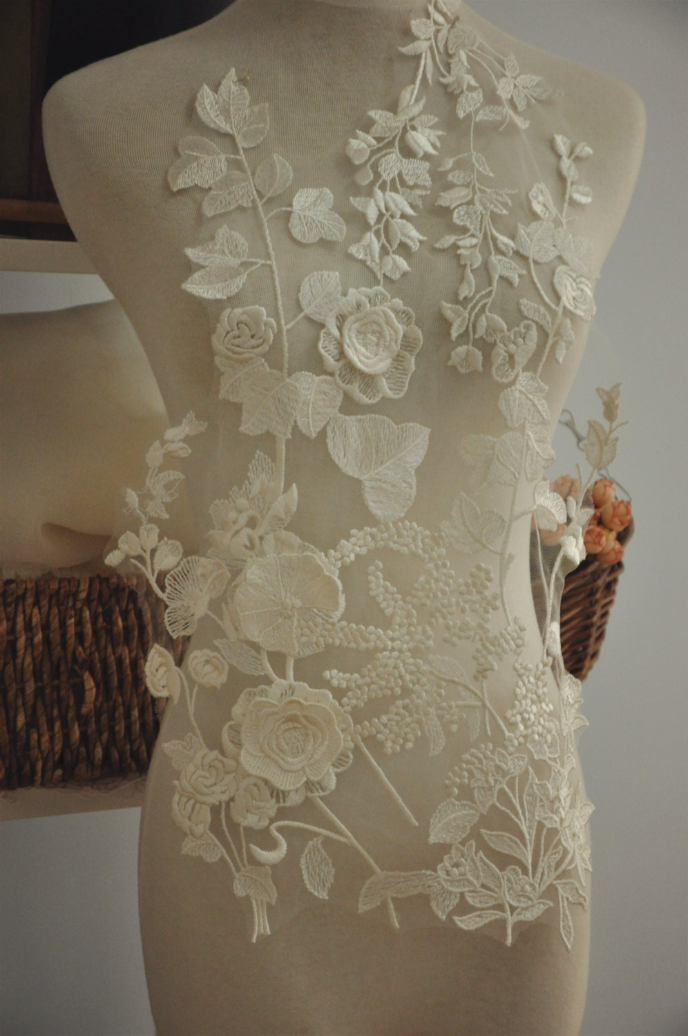 Beautiful 3d Venice Lace Applique For Bridal Gown Wedding