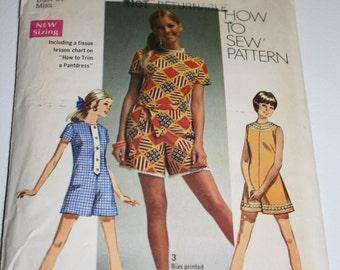 Simplicity 8667 Vintage 1969 Pattern Pantdress Romper
