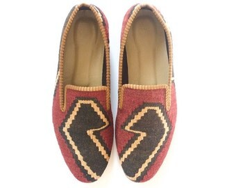 Men Kilim shoes. Size 41 (Men US size 8)