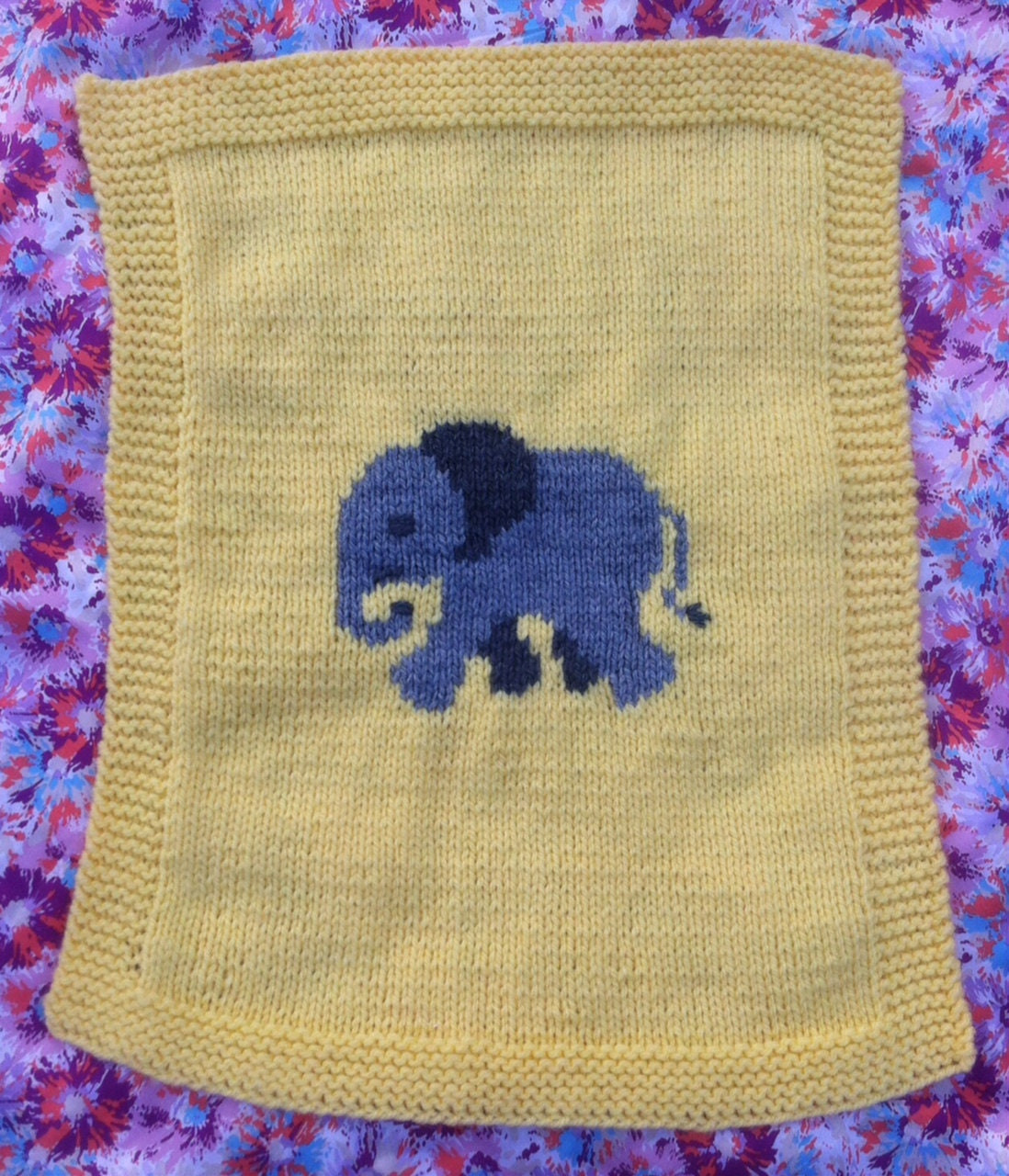 Elephant baby blanket/pram cover knitting pattern yellow and