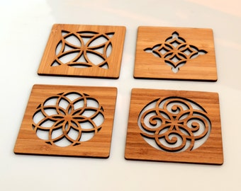 Classical Coasters in bamboo, kitchen accessories, table accents, housewarming gift, wood coasters, barware, drinks, cocktail accessories