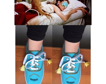 Holly Golightly Mask [breakfast at tiffany's mask] adorable shoes