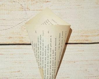 Book Confetti Cone - Wedding Confetti - Table Decoration - Table Confetti - Books - Wanderlust