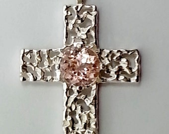 Round 6mm .94ct Morganite Sterling Silver Cross Pendant
