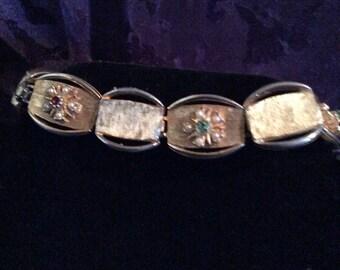 Gold tone bracelet 8 in