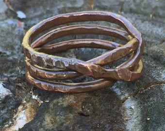Twisted wire hammer textured ring