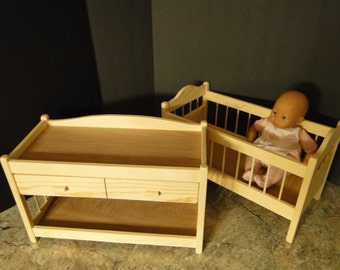 Crib and Changing Table for up to 18 inch Dolls (0145)