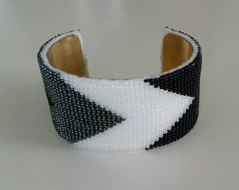 Hand woven glass beaded cuff bracelet