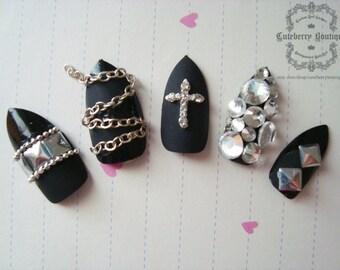 3D Bling Fake Nail Set - Black & Silver Matte Visual Kei Rokku Gyaru Nails with Silver Studs, Chains, and Rhinestones