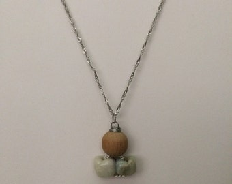Jade Chain necklace with Wood bead