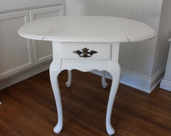 Vintage Hammary Drop Leaf End Table With Queen Anne Legs Painted White Side  Table Nightstand