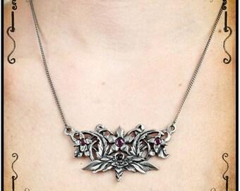 Bettony necklace - Handmade medieval necklace with swarovski