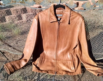 Leather jacket  Banana Republic  Size M vintage